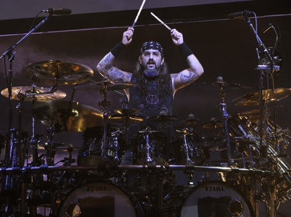 wpid-mike-portnoy-dream-theater-live-corbis-460-100-460-70-2010-09-9-20-35.jpg